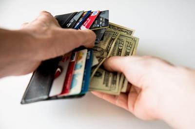 Dịch vụ rút tiền mặt thẻ tín dụng tại Quận 9