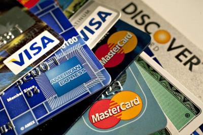 Thẻ tín dụng là gì? Tìm hiểu thông tin chiếc thẻ thần thánh