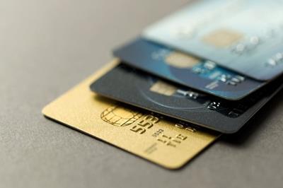 Bật mí dịch vụ rút tiền mặt thẻ tín dụng tại Quận 3 phí rẻ